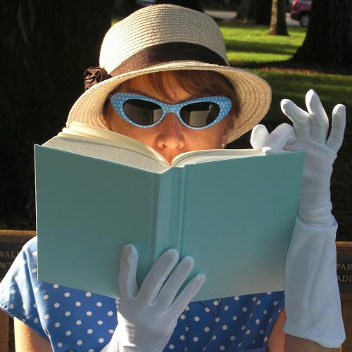 Retro-Literary-Junkie