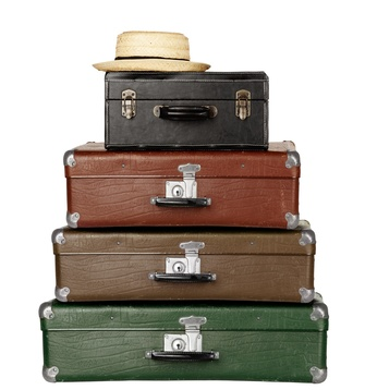 Family Travel with four Suitcases